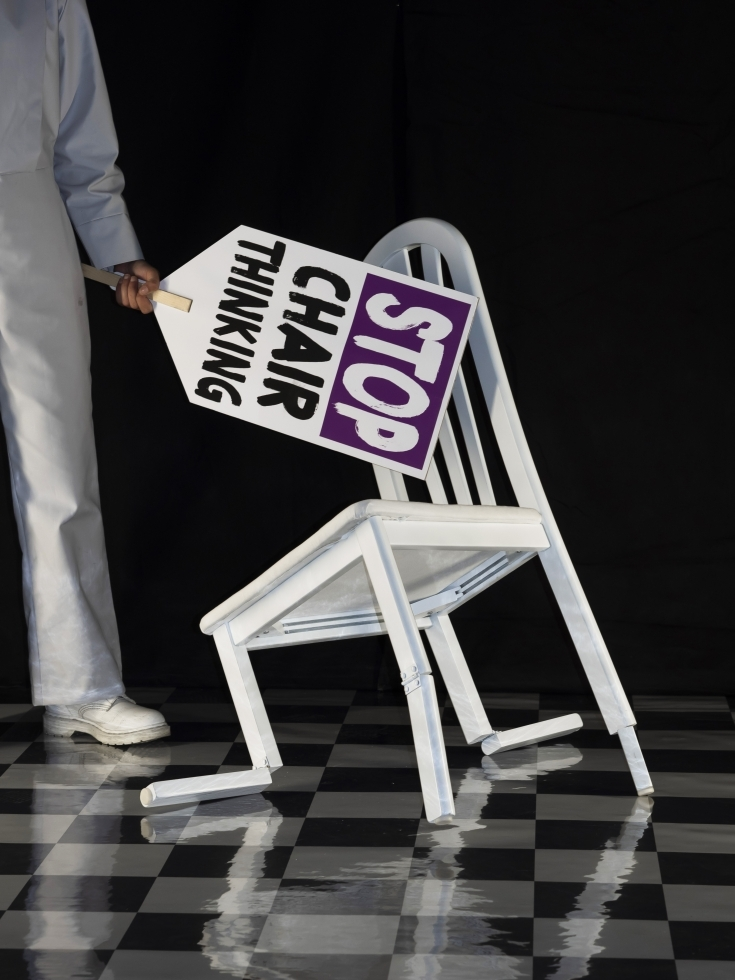 The Anti Chair Movement /Tosca Schift